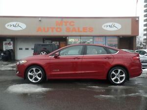 2013 Ford Fusion SE, NAV, BACKUP CAM, LOW MILEAGE