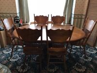 Beautiful Solid Dining Table and Chairs