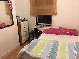Double room at Canning town area