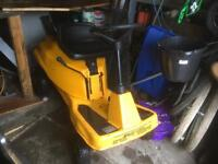 McCulloch Hornet Ride On Tractor (Briggs and Stratton)