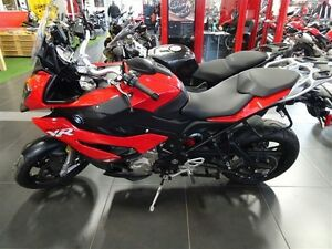 2016 bmw S1000XR Dynamic Racing Red