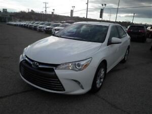 2016 Toyota Camry LE | Touch Screen | Bluetooth | USB