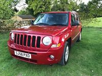 Jeep Patriot 2.0 CRD LTD, 11 months MOT, heated seats, 4WD, black leather interior and comfy seats!