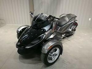 2011 Can-Am Spyder RS SM5 -