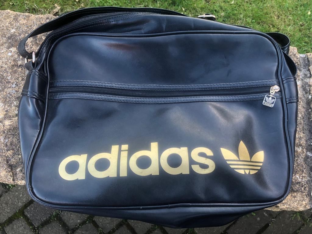 REDUCED £10     Adidas Originals Vintage AC Airliner bag  56025f1d25da7