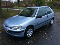 Peugeot 106 1.1 petrol great condition mot till March 2017