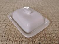 White Ceramic Butter Dish with Lid Dinnerware Tableware Kitchen Accessory