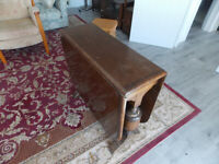 1930's 40's drop leaf table