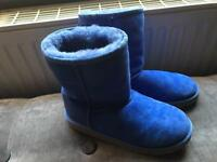 Uggs blue size 3