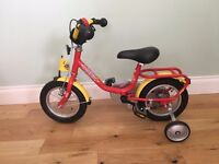 Childs bike with stabilisers. EXCELLENT CONDITION - AS NEW!