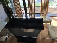 Beautiful 6 seater glass dinning table