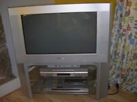SONY WIDE COLOUR TELEVISION. MODEL NO: KV-28HX15U. old type large back