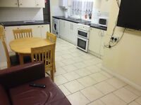 AVAILABLE NOW! Furnished rooms to let in a shared house
