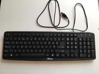 Black Trust classic line wired keyboard.