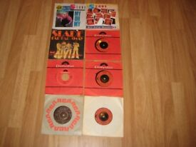 Nice Early Vintage Selection Of Eight Slade 7 Inch Vinyl Records