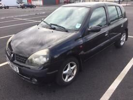 2002 Renault Clio 1.2. MOT to February 2017