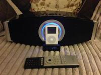 Elonox iPod speaker dock and 20gb iPod