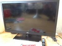 LG - Full HD LCD flat screen TV - 46''