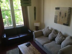 Short term Double Room in Retro Flat to let