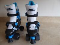 KIDS (NO FEAR) ADJUSTABLE QUAD ROLLER SKATE BOOTS SIZE C-10 / C-13 COLOUR BLUE WHITE & BLACK