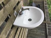 White sink basin