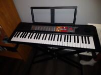 Yamaha keyboard for sale with stand...Sale: £40 only..