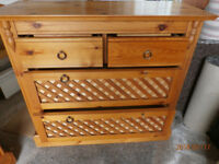 Solid Pine Stylish 4 Drawer Bedroom Unit ( 2 Handles Damaged ) ** Reduced Price **