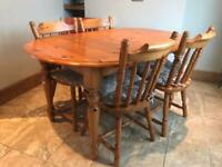 Extendable Dining table and chair
