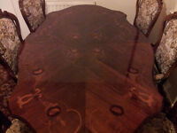 Italian Style Table & 6 Chairs (2 of them are Carvers)