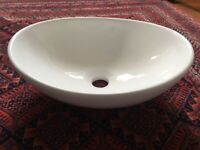 (New) small oval sink counter top
