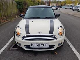 MINI COOPER D 2009 1.6 DIESEL 6 SPEED MANUAL WHITE £20 YEAR TAX 83K MILES CHEAP QUICK SALE BARGAIN