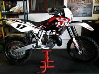 * 2010 ROAD LEGAL HUSQVARNA WR300 2 STROKE ENDURO MOTOCROSS TE TC KTM EXC 125 250 300 450 XCW *