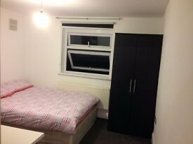 Double En-suite Room in Archway near camden town and kings cross in zone 2