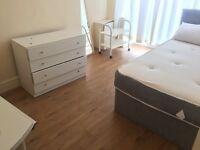 Bed rooms, available, bills included, Rusholme, close to transport University, supermarkets, etc.