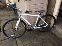 Bicycle -Charger Grater 3 Hybrid medium frame