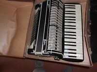 Pietro 120 Bass Piano Accordian