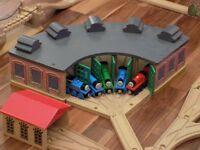wooden thomas the tank engine toys