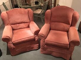 2x very comfy armchairs £50 each. Needs gone asap hence bargain price