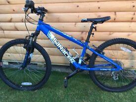 """Boys 24"""" Saracen Tufftrax Mountain Bike"""