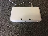 Nintendo 3ds white with charger