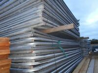 30 x used heras site security fence panels