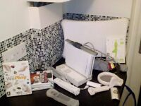 Nintendo Wii with Wii fit and games excellant condition