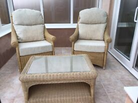 Wicker conservatory armchairs & coffee table
