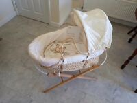 Claire de lune Moses Basket with stand, mattress and sheets