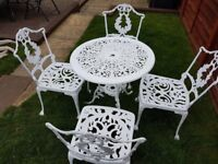 Cast Alumium Garden/Patio Table and 4 Chairs in White