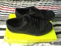 Nike SB Satire II Trainers - All black in Size 9
