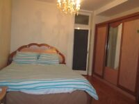 Hyde Park / Bayswater / central London / A choice of very spacious double rooms,all bills inclusive