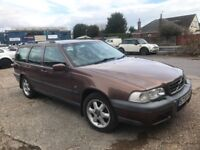 S reg VOLVO V70 Cross Country estate 2.4l petrol converted to Autogas