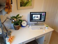 Apple iMac 21.5 inch Boxed (Late 2013) + Quirky Spacebar Stand