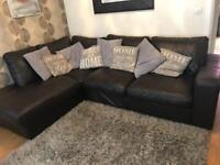 *Not to be missed* Dark brown leather corner sofa